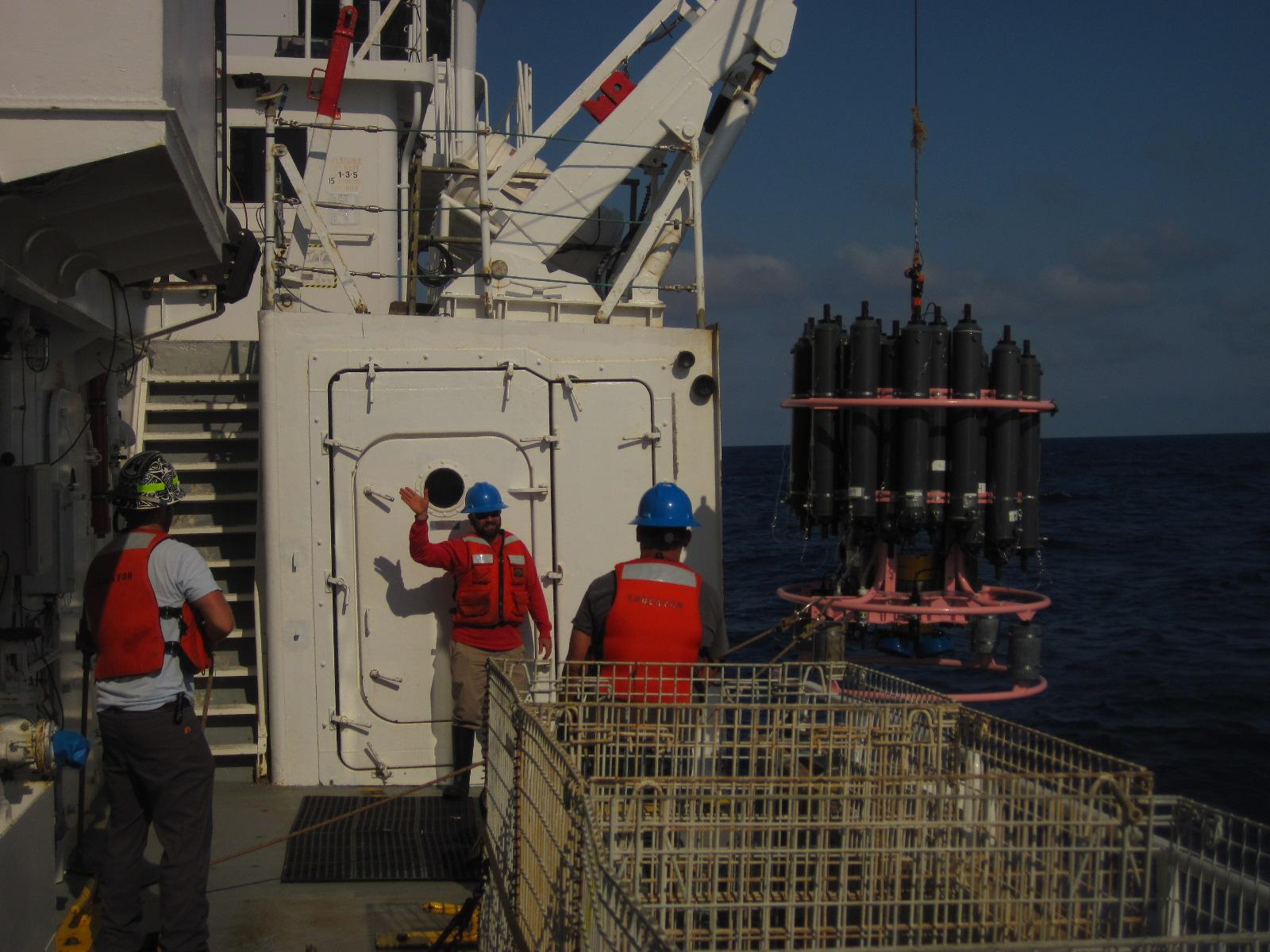AOML members recover CTD package on the R/V Endeavor. Image credit: NOAA