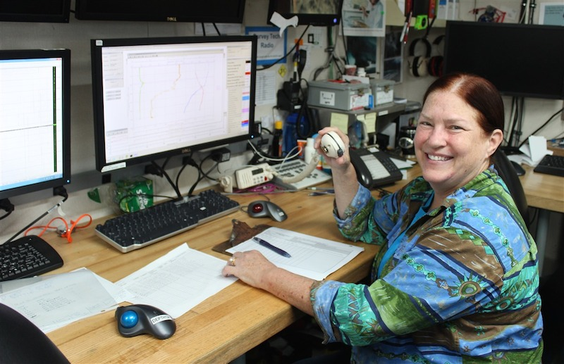 Libby Johns directing the winch and bridge during the CTD cast. Image credit: NOAA