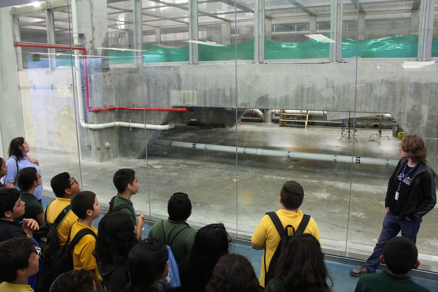 University of Miami researchers describe the SUSTAIN wave-wind tank to a group of Open House participants. Image credit: NOAA