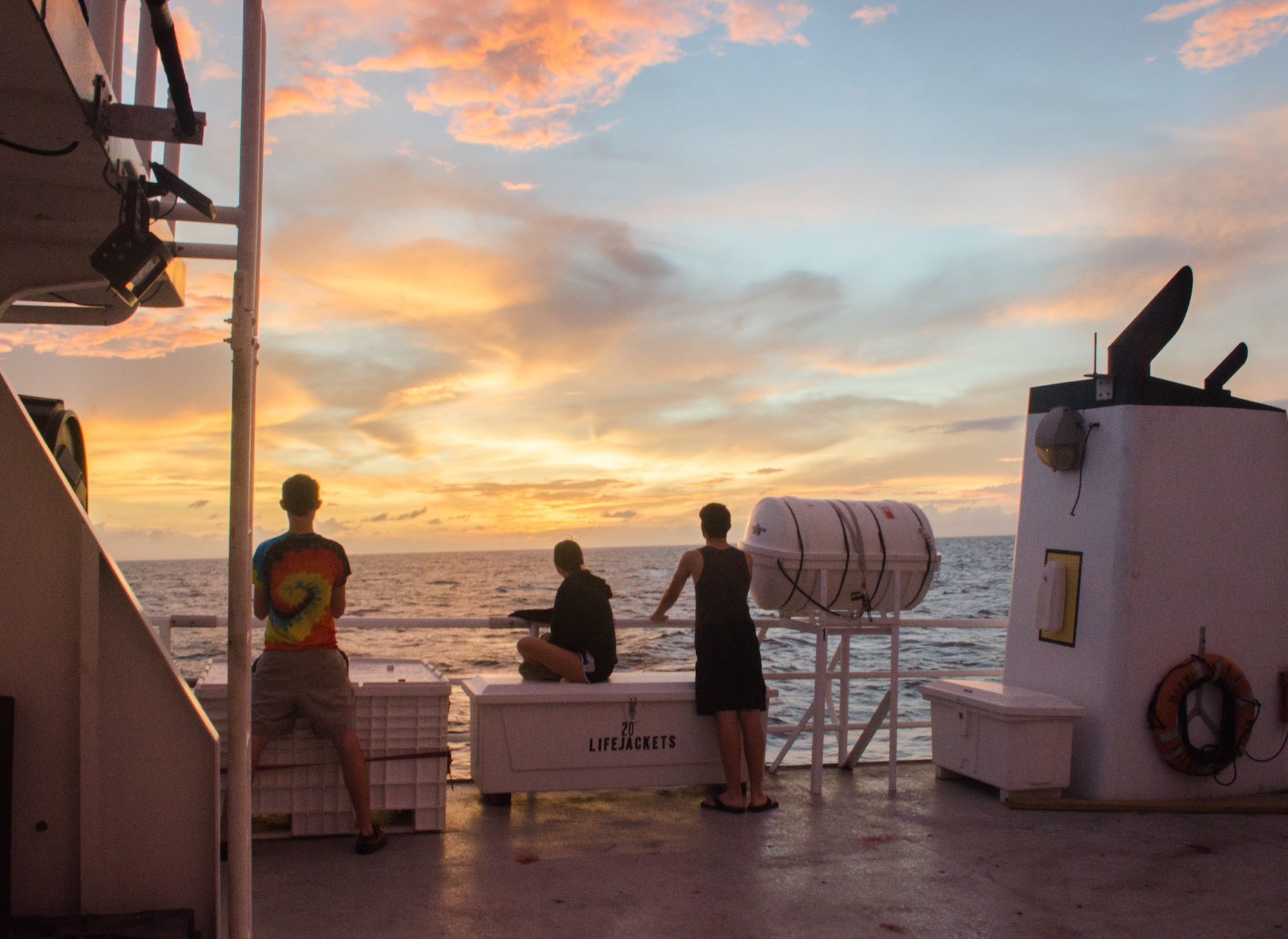 A beautiful sunset from the R/V Walton Smith. Image credit: NOAA