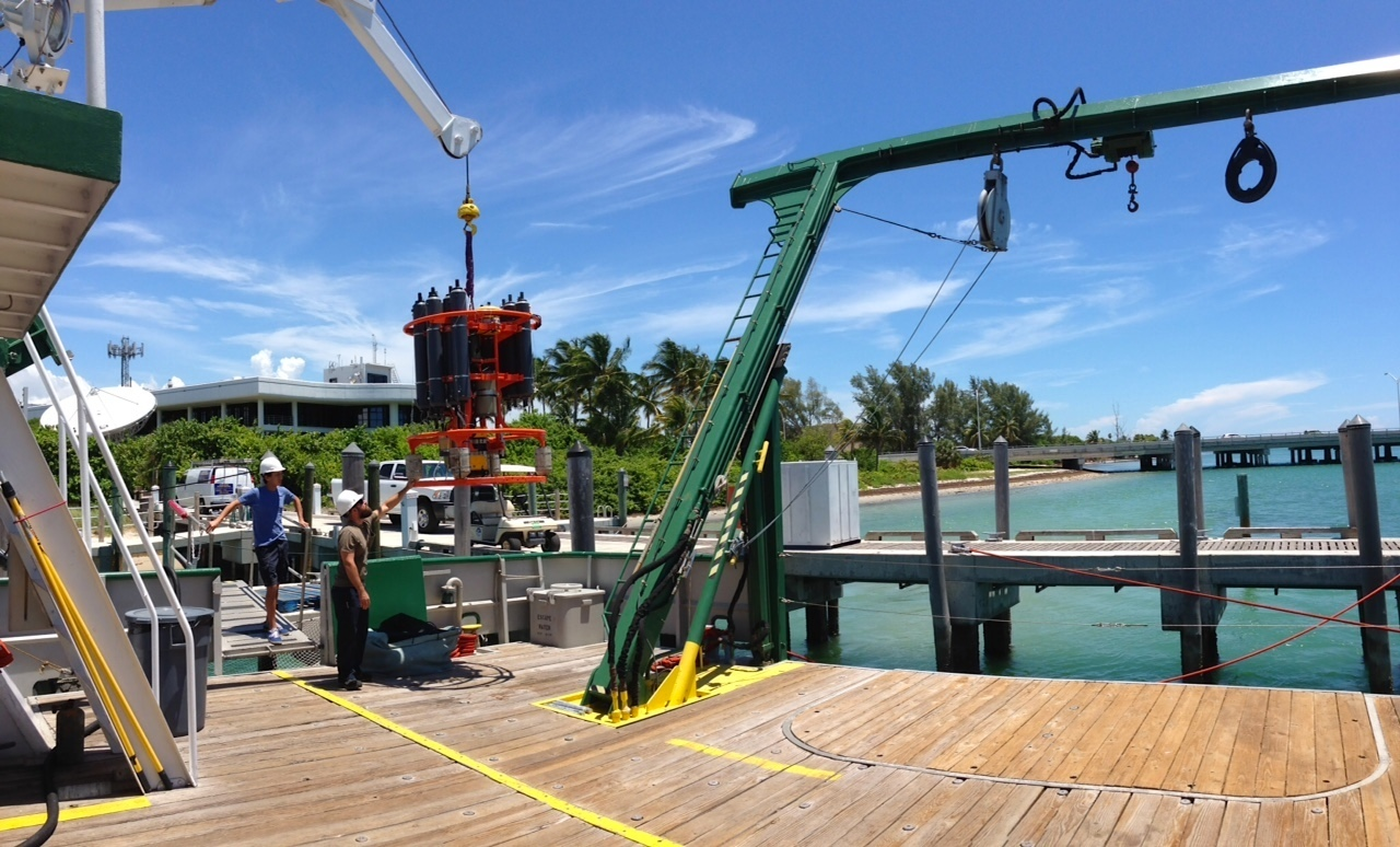 AOML staff load the CTD onto the deck of the F.G. Walton Smith prior to departure. Image credit: NOAA