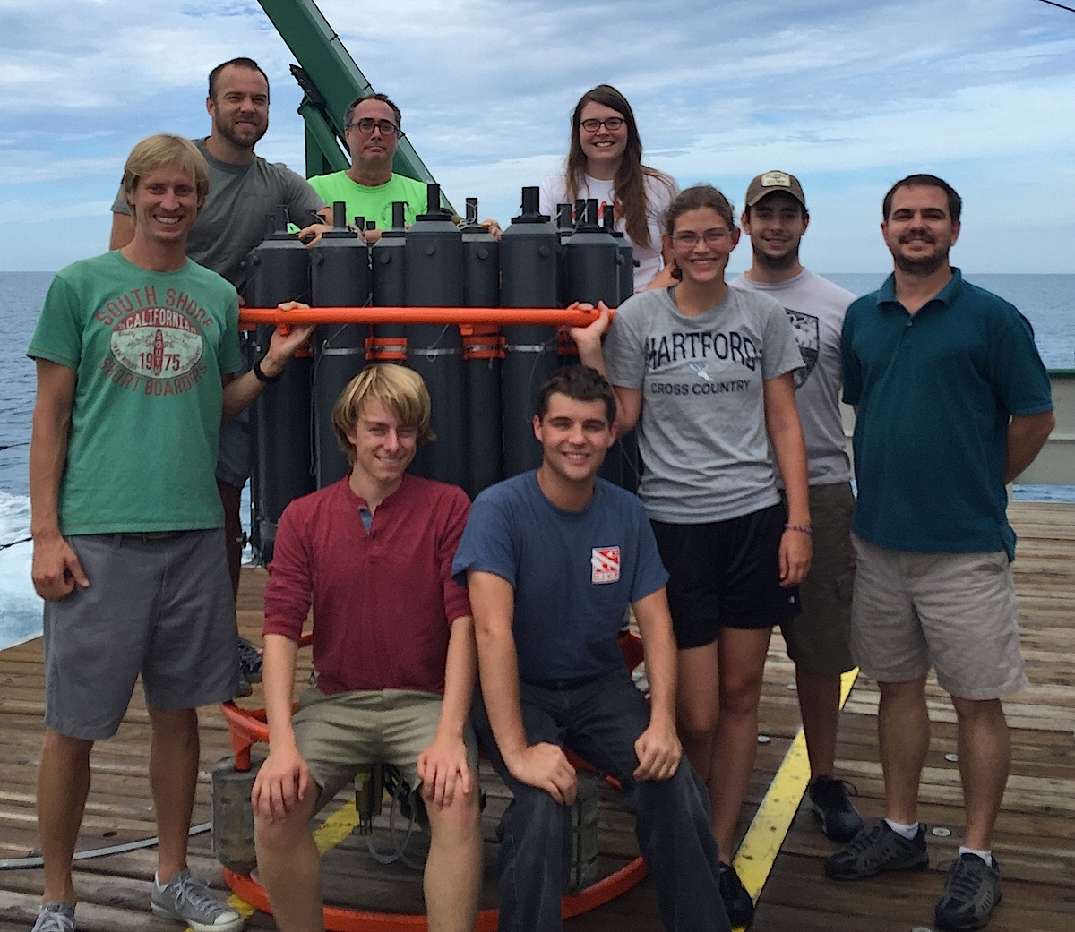 AOML physical oceanographers and summer interns with the CTD on the back of the F.G. Walton Smith. Image credit: NOAA