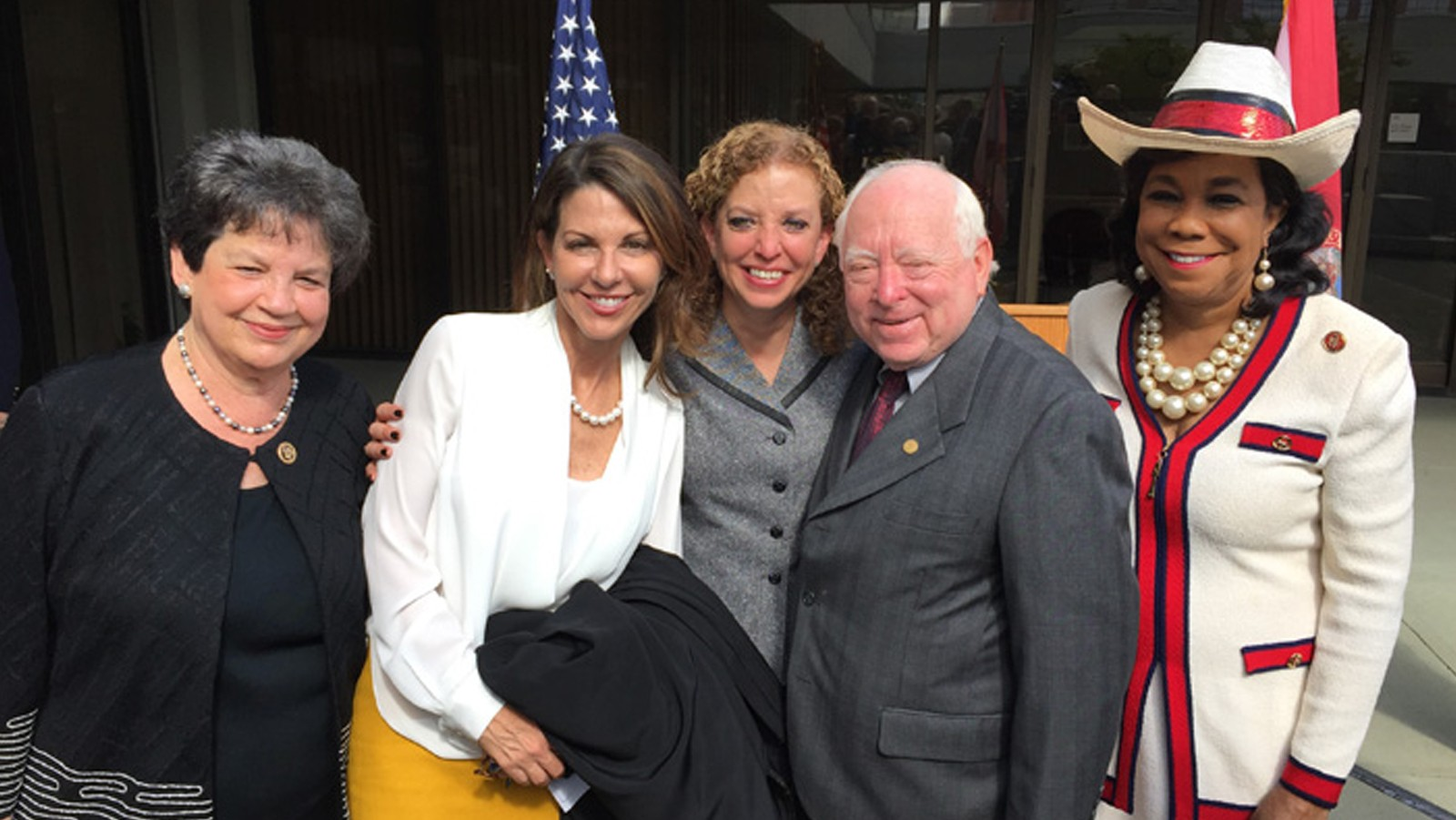 Congresswomen Frankel, Wasserman Schultz, and Wilson at their 2015 swearing-in ceremony. Image credit: NOAA