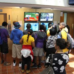 Students watch physical oceanography demos at AOML. Image credit: NOAA